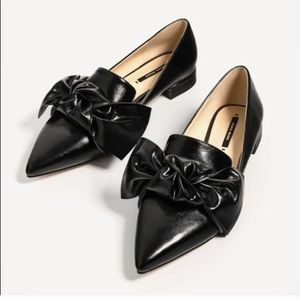 Zara Bow Tie Pointed Toe Black Leather Loafers